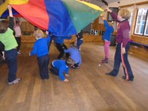 Parachute games in the hall